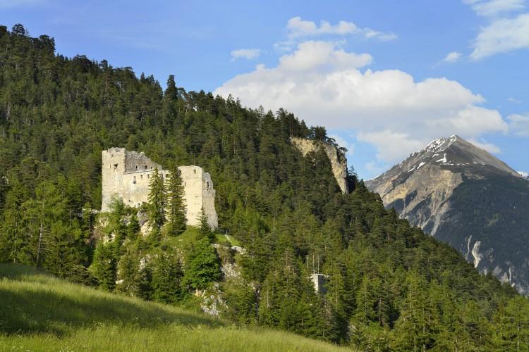 Burgruine Belfort in Brienz