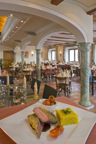 Relais Bayard - Hôtel / Restaurant / Pizzeria / Traiteur