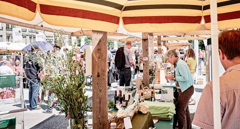 Nationaler Pärke-Markt in Bern