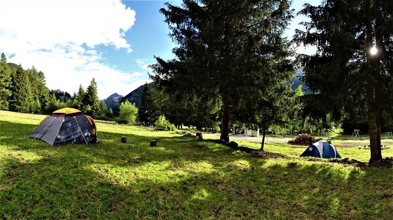 Naturzeltplatz beim Geissenhof Rona