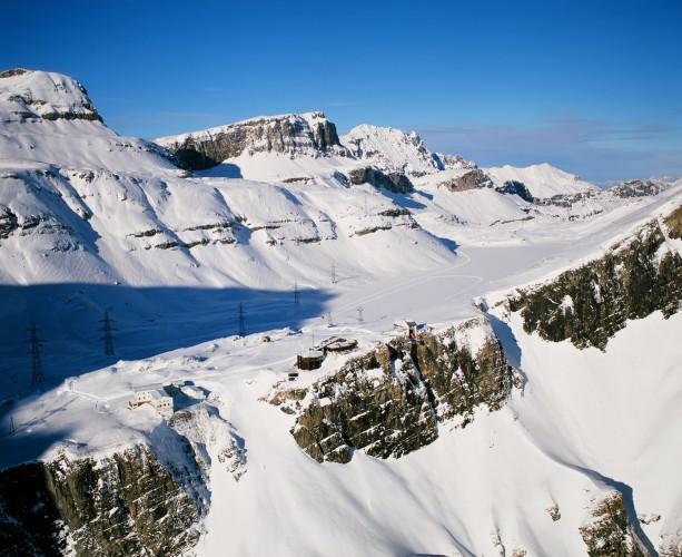 Sentier hiver Gemmi-Kandersteg