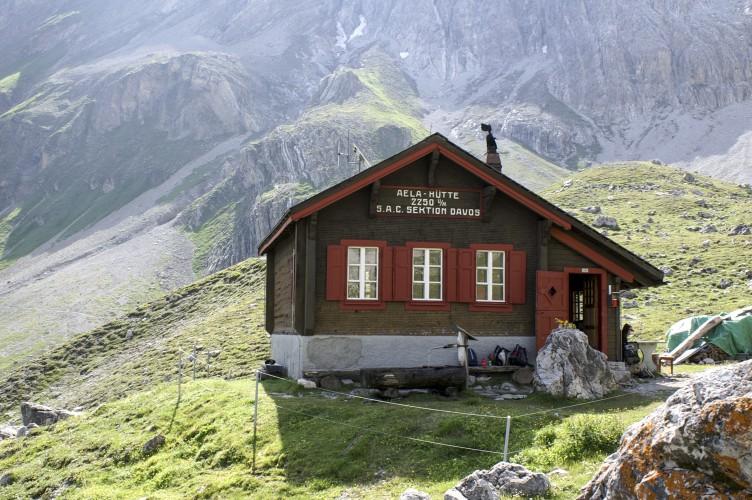 Ela-Hütte SAC, 2'225 m ü. M.