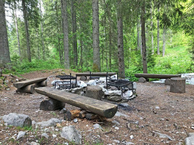 Feuerstelle Würzi am Erlebnisweg Grimmimutz