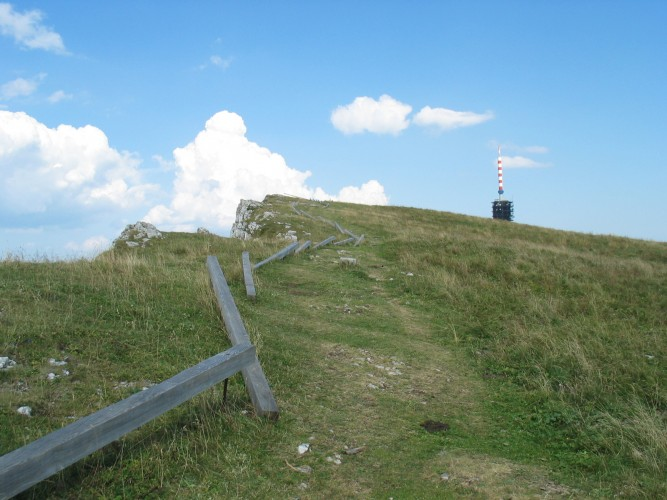 Trail to Chasseral ridge