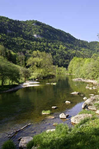 Chemin au fil du Doubs