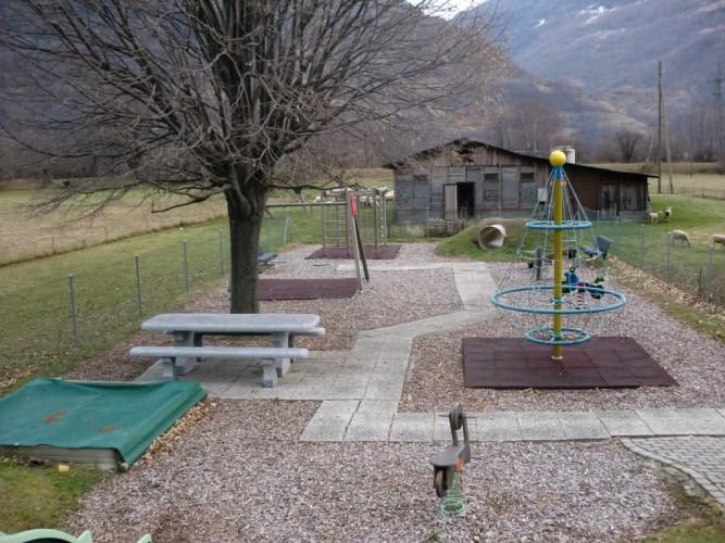 Kinderspielplatz Niedergampel