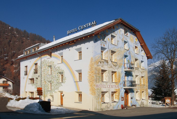 Hôtel Central, La Fainera