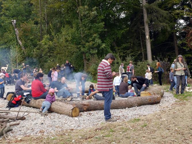 Feuerstelle Knochenwald