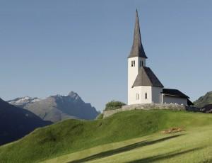 Dorf- und Kirchenführung in Tenna - © © Lucia Degonda