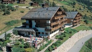 Hotel Restaurant Castle - © www.myswizerland.com