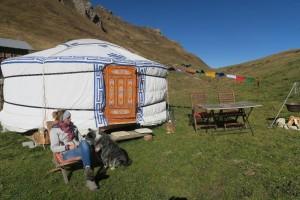 Sleeping in a Mongolian Jurt above the treeline - © Biohof Casutt