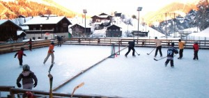 A natural ice rink - Grengiols
