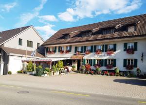 Gipf-Oberfrick: Gasthof Adler