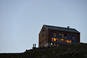 SAC Kesch hut 2,625 m . - © © Lorenz Andreas Fischer, all rights reserved