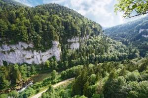 Au fil du Doubs - © République et Canton du Jura / Jura Tourisme