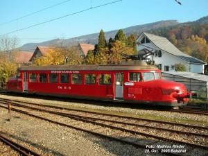 Fahrt mit dem Roten Pfeil - © Naturpark Thal
