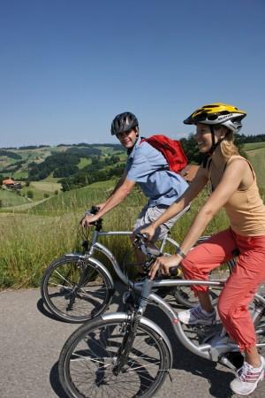 Naturpark live mit E-Bike/Velo - © Christof Sonderegger CH-9424 Rhe