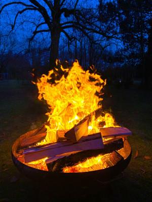 Themenrunde: Ruhe und Achtsamkeit mit Meditation am Feuer