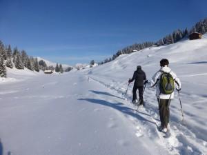 Schneeschuhwandern Weihnachten - © Bergführer Safiental