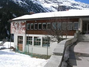 Schulhaus Innerferrera