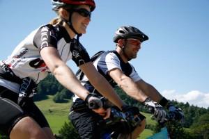 E-Bike und Kammfabrik - © Naturpark Thal