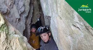 Höhlen im Kalkstein - © Erich Plattner